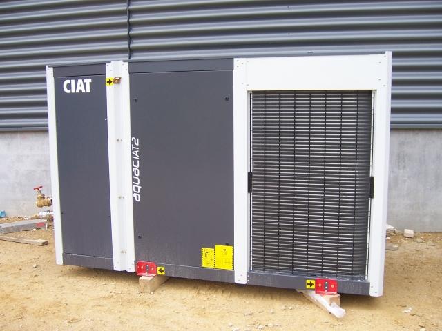 Pac air eau rxlr chauffage et climatisation dans les for Chauffage pac air air